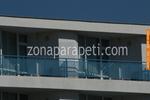 парапети за балкони от инокс и синьо стъкло по поръчка